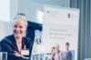Maren Düsberg bei der Präsentation der Qualitätskriterien für die Arbeit in den Mehrgenerationenhäusern.
